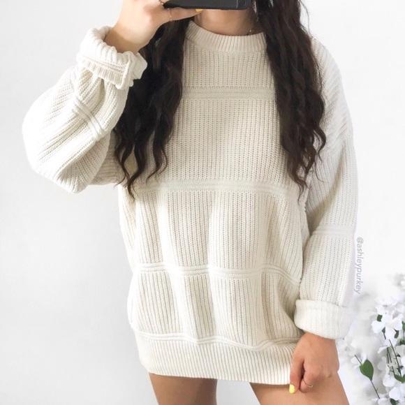 ❤️SALE❤️ vintage ivory cream chunky knit sweater